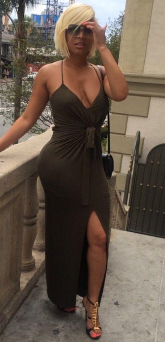 olie-blonde-sexy-cherche-un-plan-sexe-pour-le-fun